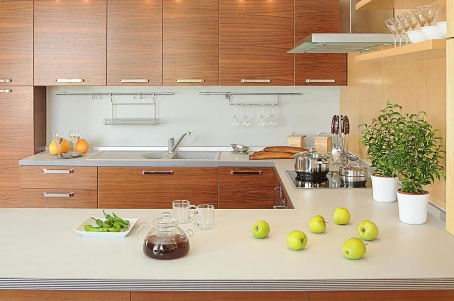 Modern kitchen by Carpentry Services Swansea